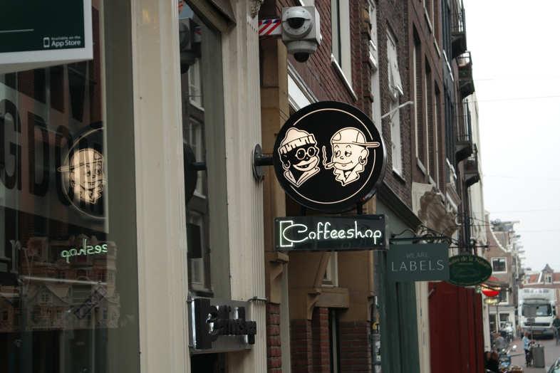 Amsterdam et les lois sur les drogues